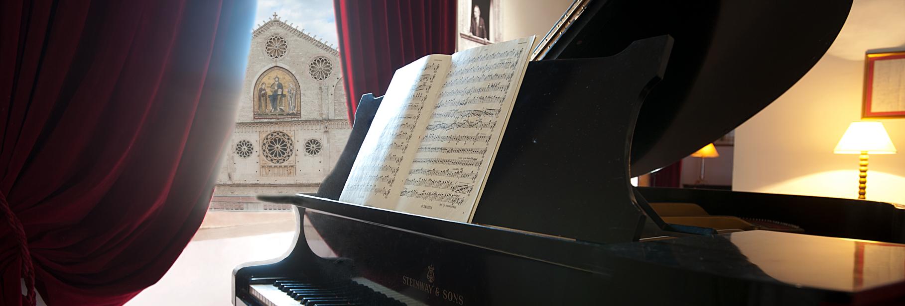Il pianoforte di Casa Menotti con vista sulla Cattedrale